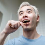 Tips Menghilangkan Bau Mulut di Pagi Hari
